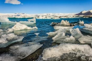Glacial Lagoon - Jökulsárlón, Iceland