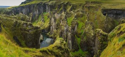 Fjaðrárglúfur Canyon - Iceland