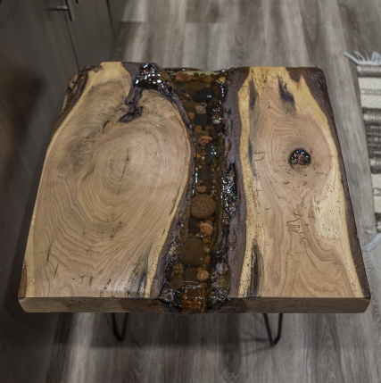 Live - Edge Lake Superior Rock and Agate Resin Table - Cotton Wood