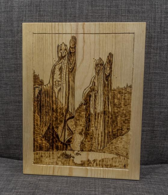 Argonath Large Wood-Burn